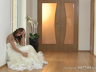 Mom xxx: Wife to be get fucked at her wedding hd milf straight