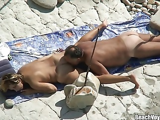 Husband Licking his wife ass & pussy at nudist beach spycam beach hidden camera milf