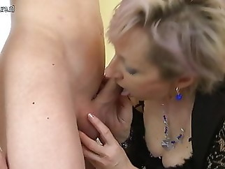 Horny mature mom fucked by young boy amateur mature milf