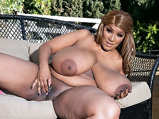 Africa Sexxx: Country Girl - Africa Sexxx - XLGirls bbw big ass big tits