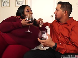 Victoria Secret and Cotton Candi are fat ladies who like to have casual threesomes, all the time bbw big tits ebony