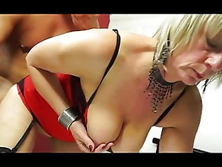HORNY BRITISH MATURE HOUSEWIFE #2 -B$R amateur mature old & young