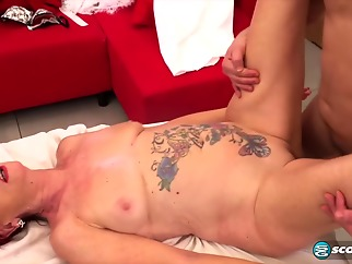 Red haired mature, Caroline Hamsel gave a blowjob to her massage therapist and got fucked good hd massage mature