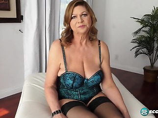 Brenda solo big tits blonde hd