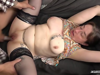 Mature wife is bored, so she wants a stranger younger one cock anal big ass brunette