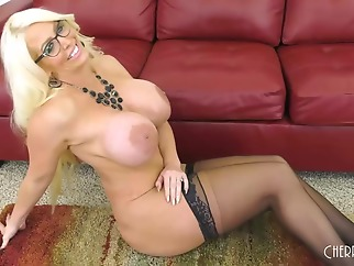Exquisite blonde woman with big boobs, Alura Jenson is cheating on her husband quite often big ass big tits blonde